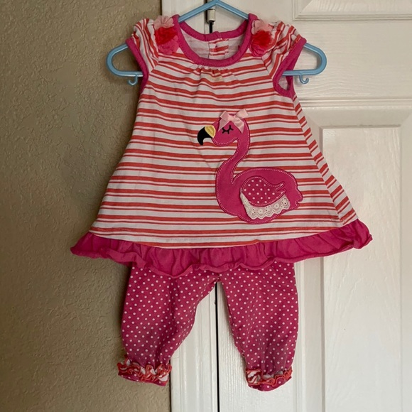 Matching set for infant girl